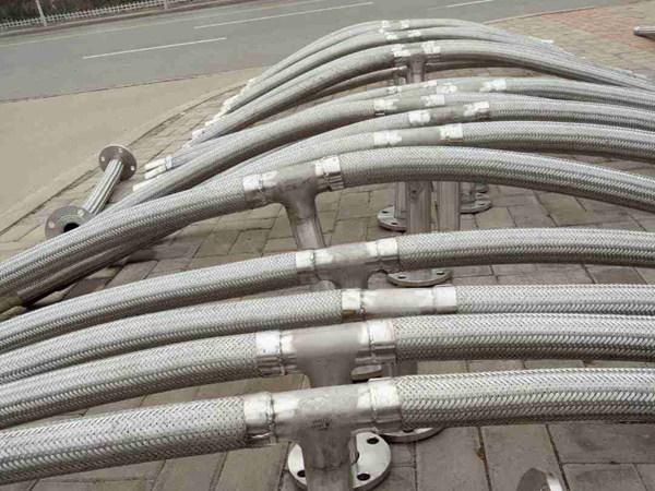 异形金属软管